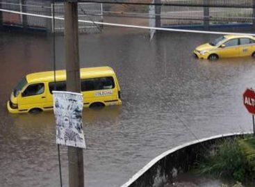 Fuertes lluvias causaron inundaciones en la ciudad de Panamá