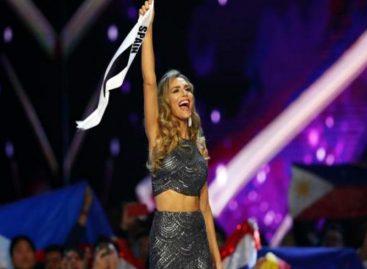 El emotivo homenaje que recibió la española Ángela Ponce en el Miss Universo (+Video)