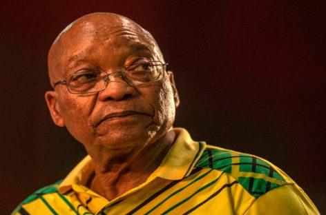 Expresidente sudafricano Zuma debe pagar defensa en caso de corrupción