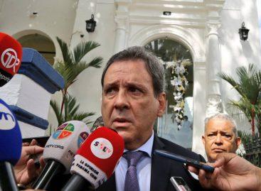 Director de la Autoridad Nacional de Aduanas también dimitió a su cargo