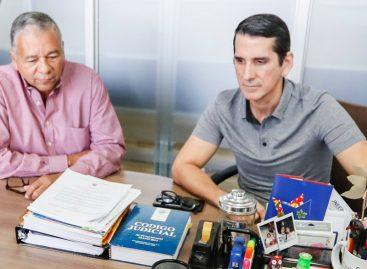 Rómulo Roux oficializó acuerdo con partido Alianza para elecciones 2019