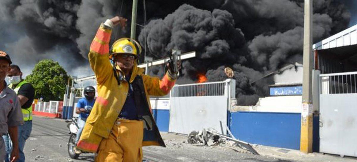 Dos personas murieron tras explosión en Santo Domingo