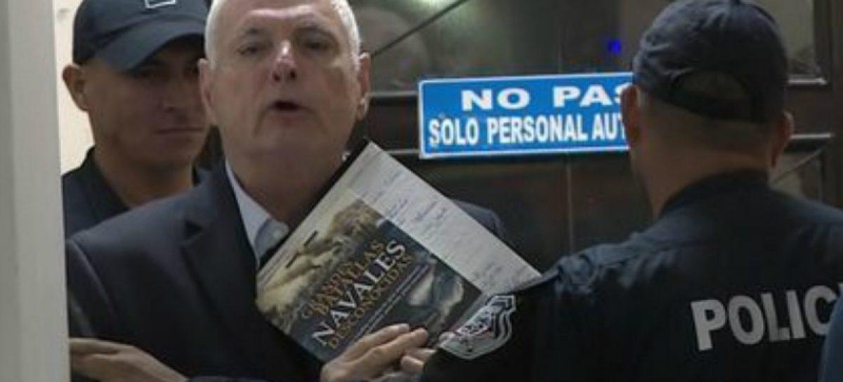 Tribunal electoral dice que está «preocupado» por situación legal de Martinelli
