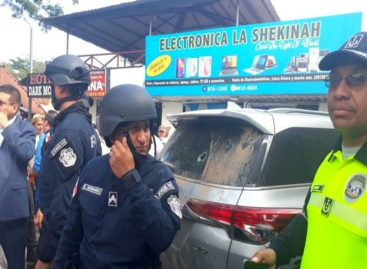 Agentes antimotines reprimieron a productores en Divisa y se originaron enfrentamientos (+Videos)