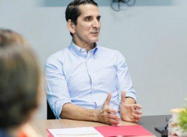 Roux sobre inicio de clases 2019: «Varela también fracasó con la educación»