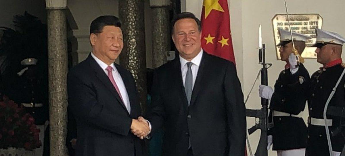 Varela se reunió a puerta cerrada con el presidente chino Xi Jinping