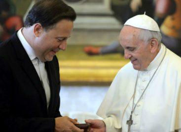 12 millones de dólares costará tarima que usará el Papa Francisco