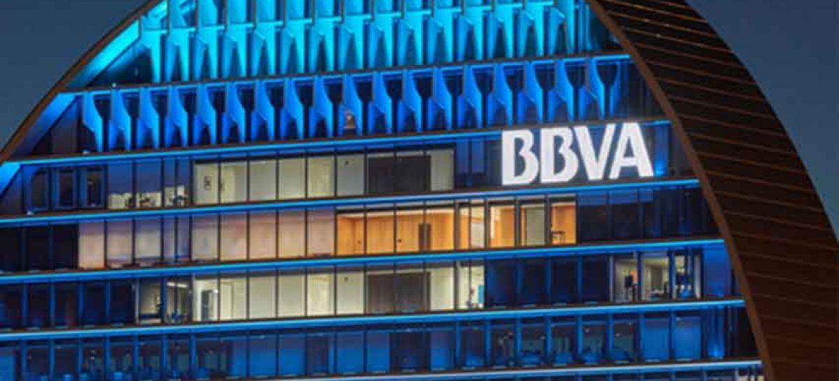 Investigan posible espionaje de autoridades para el banco español BBVA