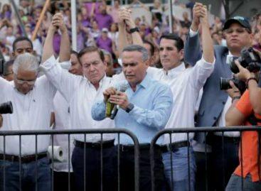 Candidatos presidenciales acudieron a evento de «unción» de la iglesia evangélica
