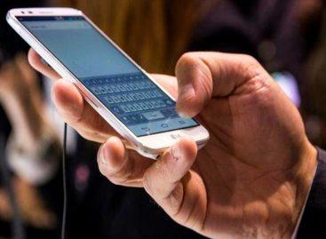 Casi la mitad de los panameños tienen dos celulares