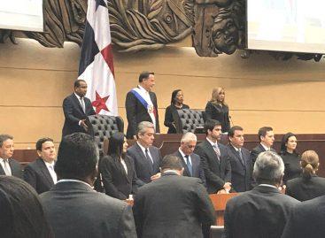 Varela consultará al TE sobre inclusión de papeleta adicional para reformar constitución