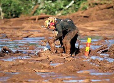 Suspenden búsquedas por el desastre minero en Brasil debido a fuertes lluvias