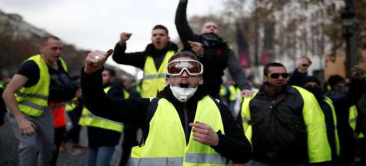 70 diputados franceses fueron atacados desde el inicio de chalecos amarillos