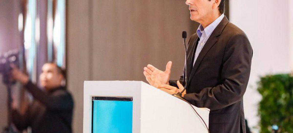 Rómulo Roux: El actual gobierno ha sido un desastre en materia económica