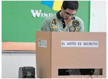 Unos 56 mil jóvenes están habilitados para votar por primera vez en mayo