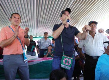 Roux propone hospital, universidad y carreteras para Comarcas