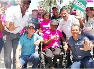 Roux promueve su plan de Gobierno en Colón