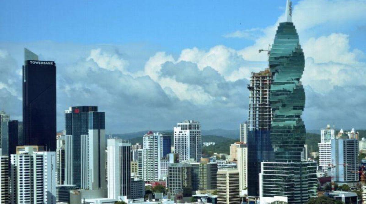 Panamá se endeudó 21% más en el pasado año