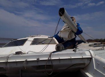 Investigan muerte de menor de 8 años a quien le cayó mástil de una embarcación en playa El Salado