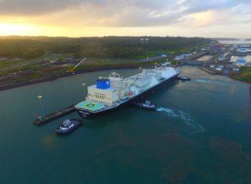 El buque Energy Liberty realizó el tránsito 6 mil por el canal ampliado