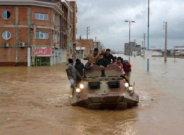 70 muertos y 791 heridos por inundaciones en Irán