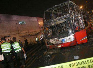 Alcalde denuncia venta ilegal de combustible donde se incendió bus en Lima