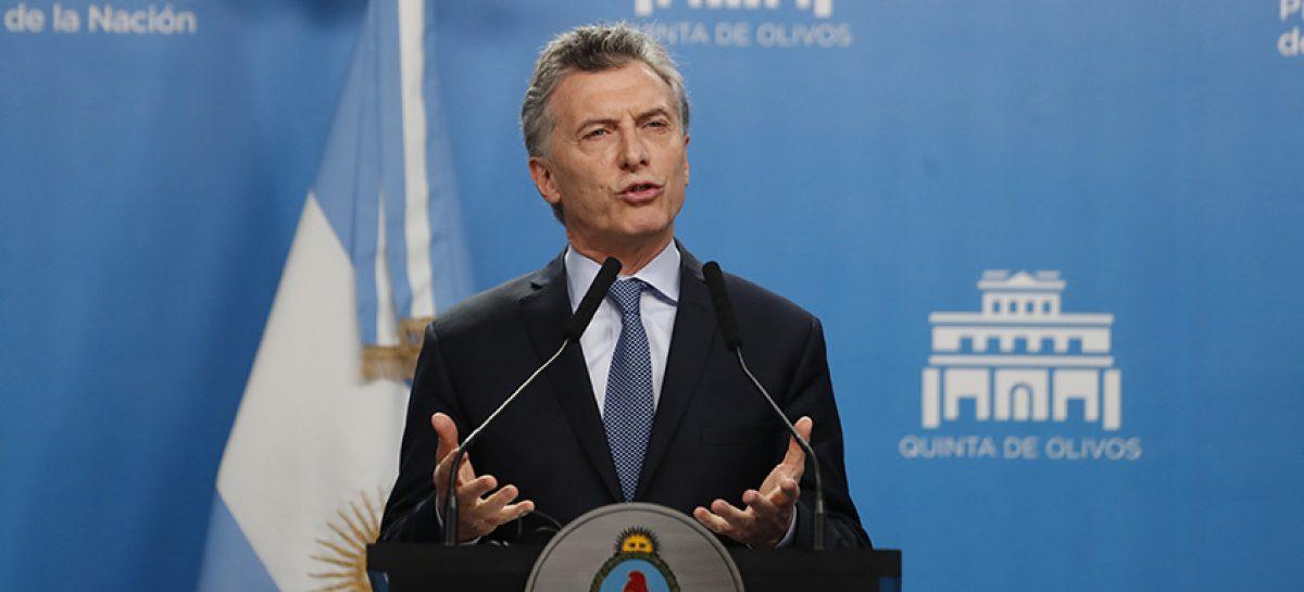"""Macri reiteró el """"irrenunciable"""" reclamo de Islas Malvinas en aniversario"""