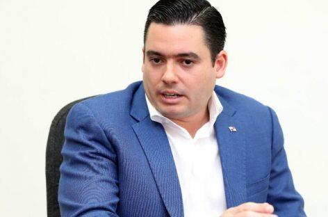 Vicepresidente electo califica de «imprudente» llamado a sesiones extraordinarias de Varela