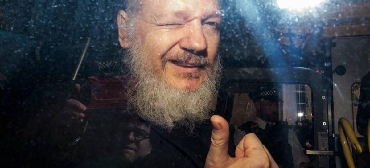 Assange volverá a comparecer ante la justicia el 12 de junio