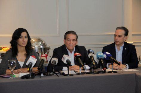 Cortizo se pone como meta un año para convocar referéndum por reformas constitucionales