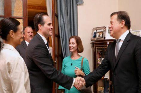 Alto representante de la Casa Blanca conversó con Varela sobre temas hemisfericos y «transición» en Venezuela