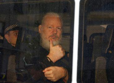 Fiscalía sueca presentó orden de detención contra Assange