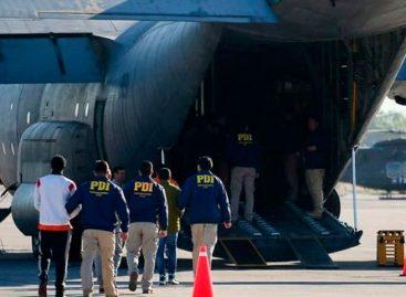 Chile expulsa a 57 inmigrantes colombianos, peruanos y bolivianos por delitos