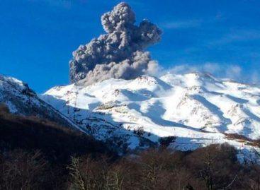 Volcán Nevados Chillán registró 3 explosiones aunque descartan erupción