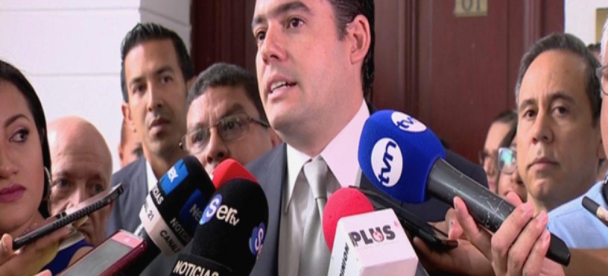 Carrizo le responde a Varela e insiste en conocer estado de finanzas públicas