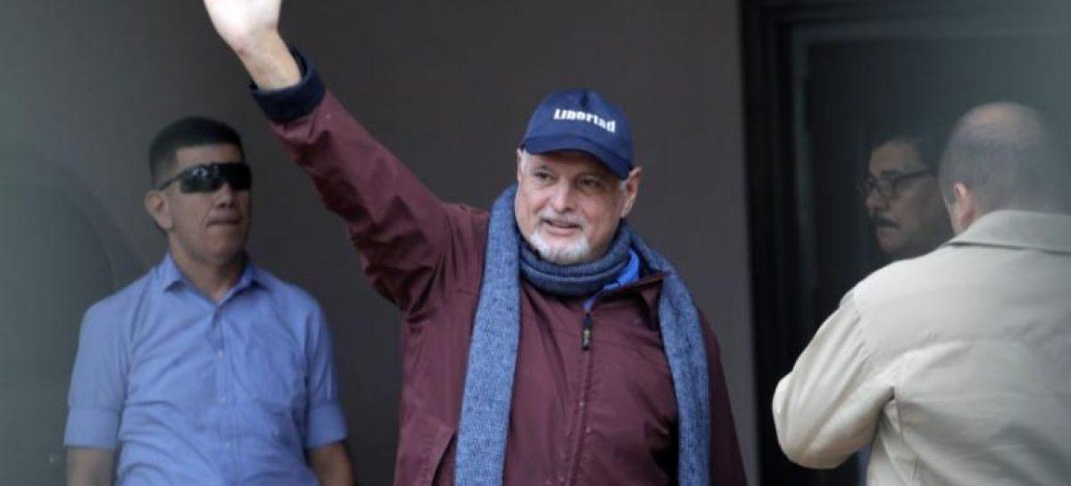 El momento de la llegada de Martinelli a su hogar tras haber sido excarcelado (+Video)