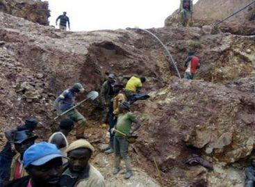 Aumentan a 43 los muertos en una mina de cobre en el sur de RD Congo
