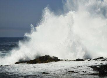 Emiten aviso de prevención por fuerte oleaje en el Pacífico