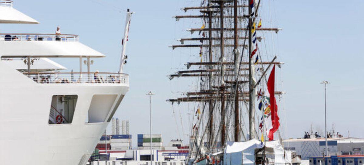 Panamá quiere un buque escuela a vela como uno que posee Perú