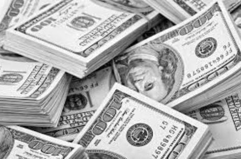 Panamá logra emisión de 2 mil millones de dólares para pago a gremios