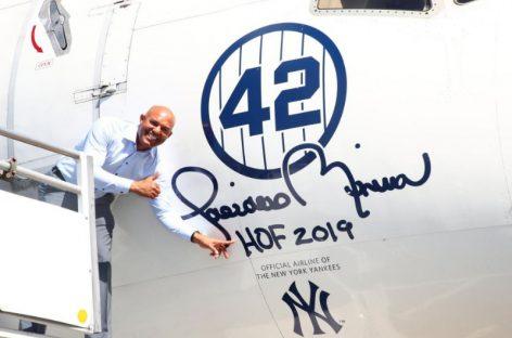 La puerta 42 del aeropuerto JFK de NY fue bautizada con el nombre de Mariano Rivera (+Video y Fotos)