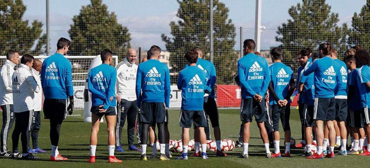 Zidane vuelve a dirigir los entrenamientos del Madrid en Montreal