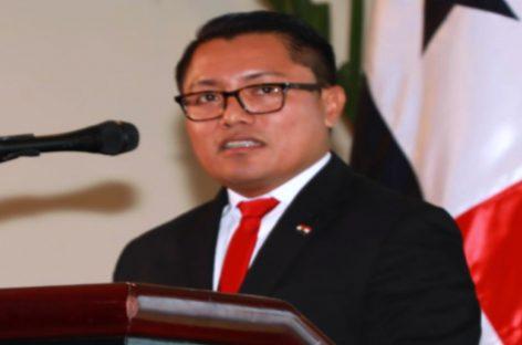 Diputado Arquesio Arias acudió a la CSJ por denuncia de abuso sexual