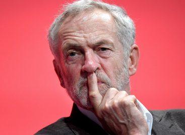 Jeremy Corbyn dice a Isabel II que suspender Parlamento no es «aceptable»