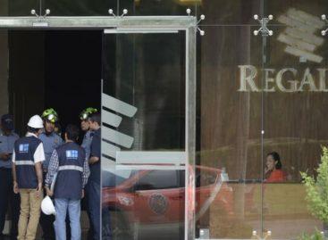 11  heridos tras desprenderse un elevador en Costa del Este