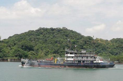 Estudiantes de la Universidad Marítima ya cuentan con un buque escuela donado por la ACP