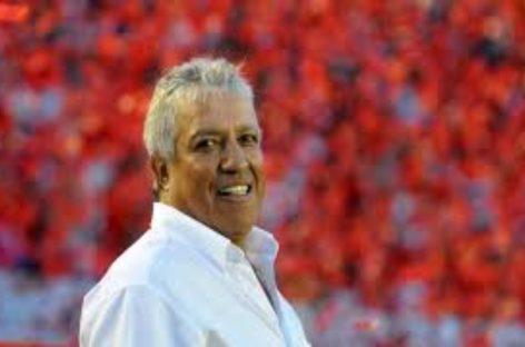 El nuevo técnico de la Sele dice que a Panamá le hace falta «un poco de gol»