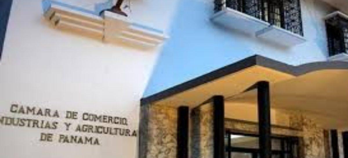 Proponen eliminar restricciones para contratar extranjeros en el país: La medida causa polémica