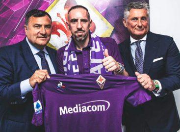 Fiorentina anunció fichaje de Frank Ribery