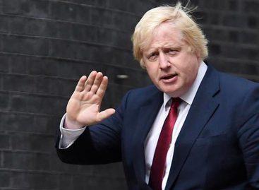 Johnson genera sísmo político al solicitar suspensión del Parlamento